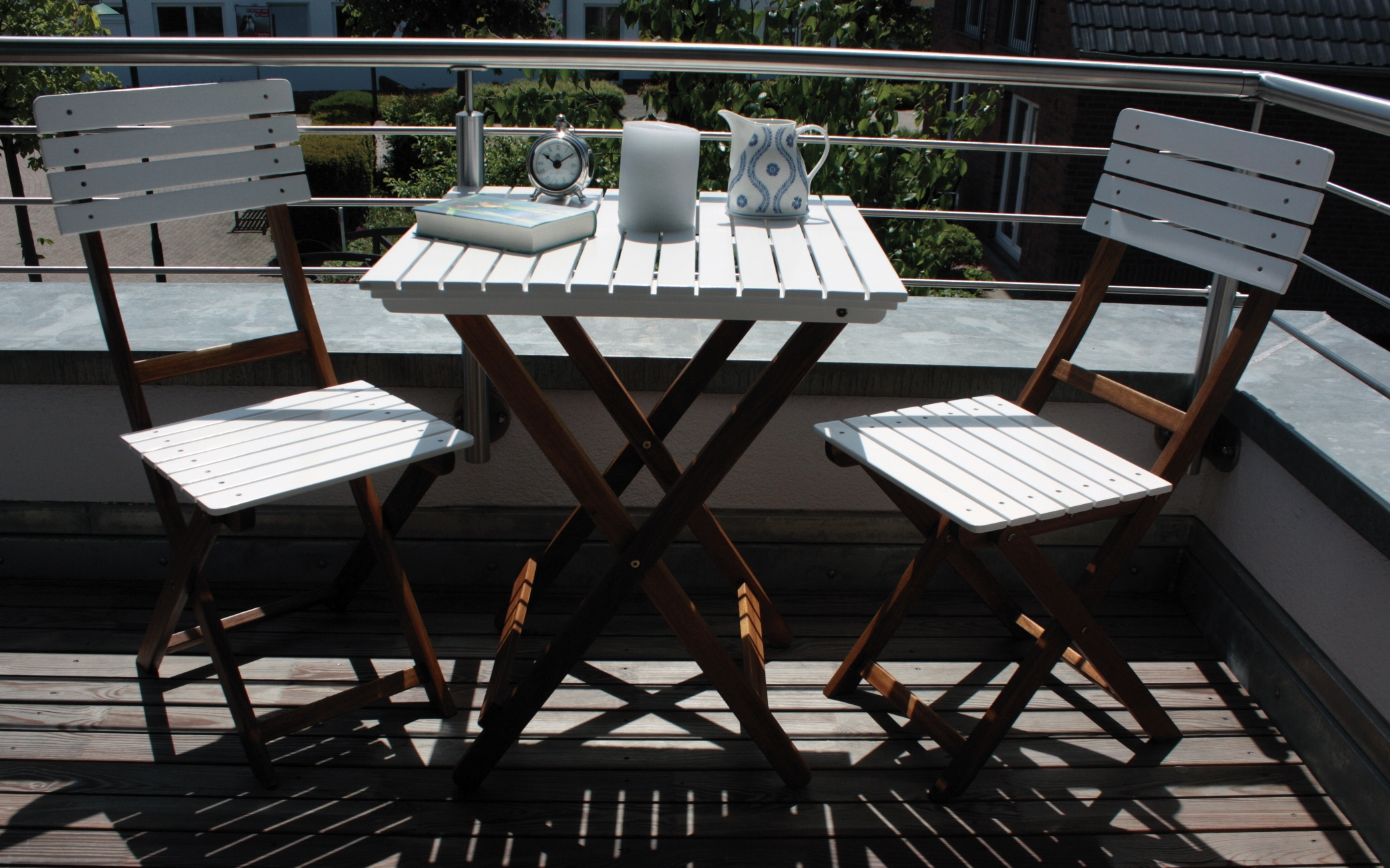 balkonset wien akazie holz 2 st hle 1 tisch gartenm bel garten stuhl und tisch ebay. Black Bedroom Furniture Sets. Home Design Ideas